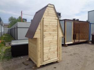 Дачный деревянный туалет в Москве